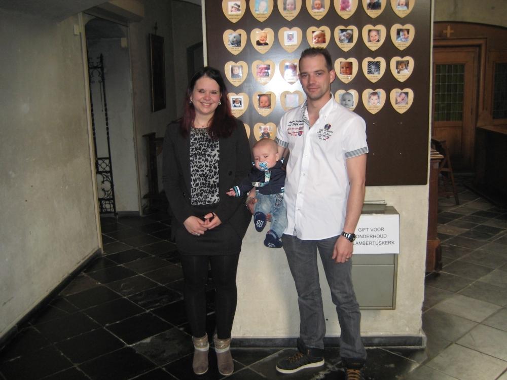 Luca, zoon van Michel Van der Velden en Sharon Smets, 7-5-2017